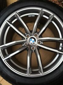 Genuine BMW 5 series Msport G30/G31 662M 18 inch alloys and like new Michelin run flat tyres