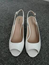 Women's shoes. Size 7