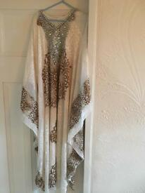 White and bronze maxi kaftan (abaya style)