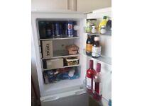 Fridge freezer, small, not large, but good size