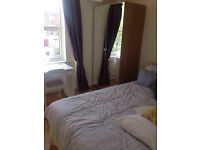 Double bed room to rent in a 2 bedroom flat!