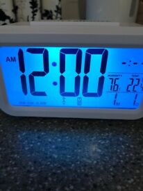 Digital Alarm Clock with Thermometer & Humidity Reader
