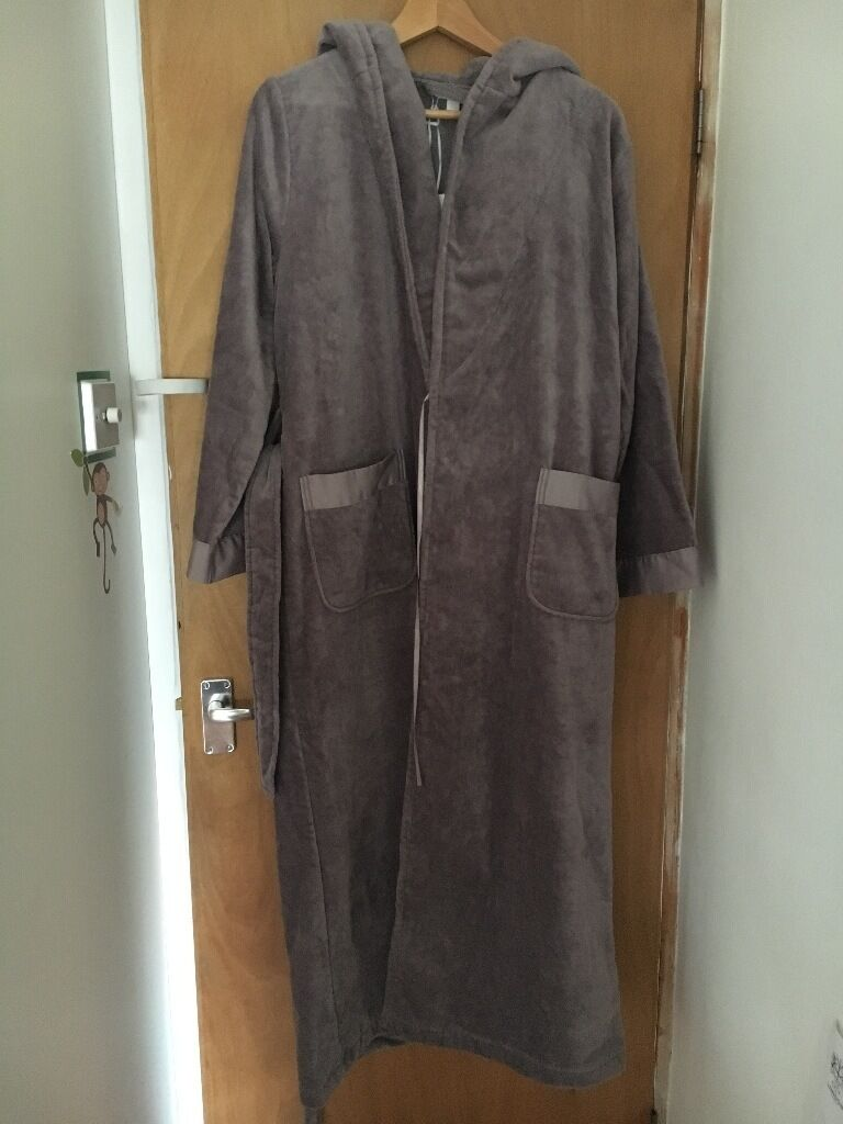 THE WHITE COMPANY WOMENS BLOSSOM VELOUR DRESSING GOWN | in Kings ...