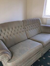 Good quality three seater settee needs a clean few marks on cushions free
