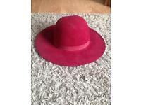 Ladies felt wide brim hat