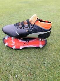 Hector Bellerin Puma Boots 18.1 Elite editions