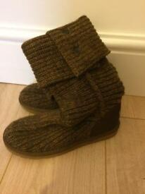 Knitted ugg boots genuine