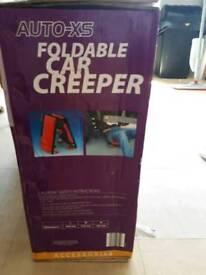 Foldable car creeper