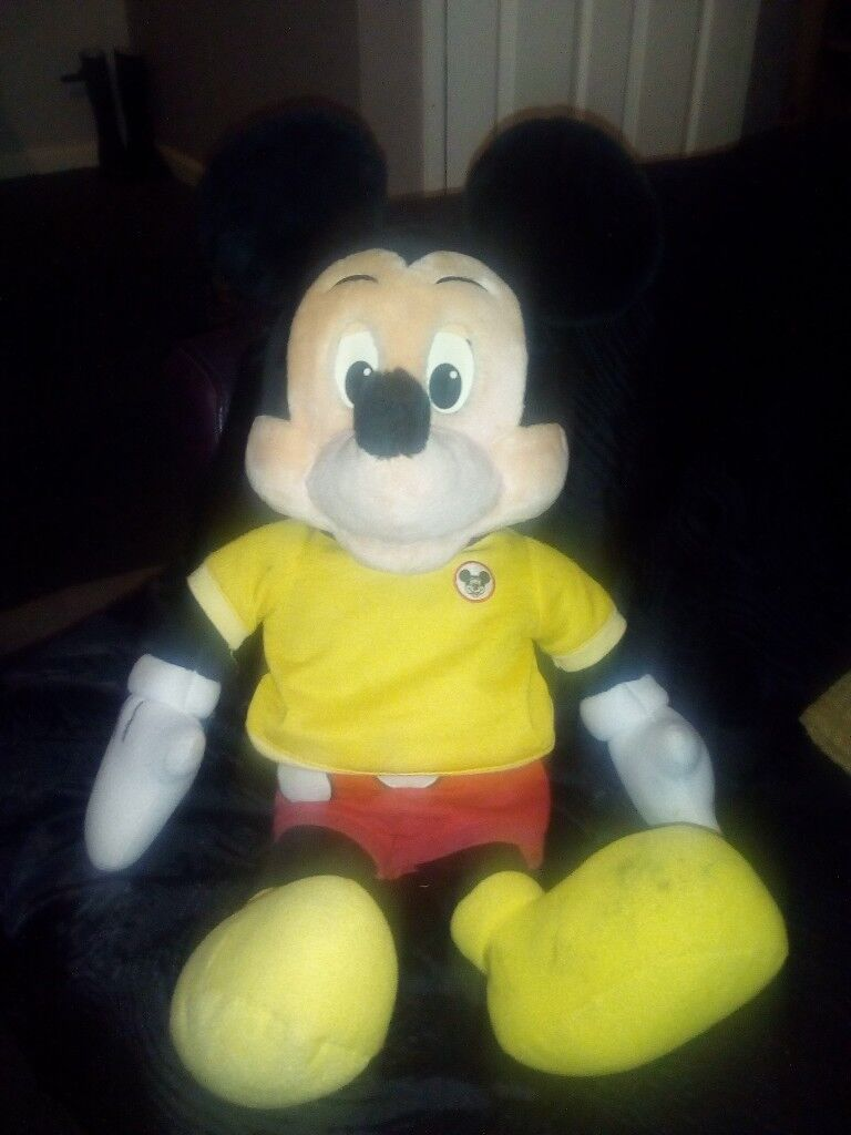 1980's vintage talking Mickey mouse world of wonders doll