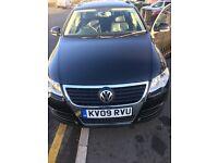 Black Volkswagen Passat highline 1.9 diesel 2009