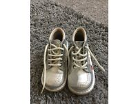 Silver size 27 kickers £20