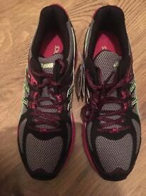 ASICS gel Sonoma Ladies trail running shoes BNIB