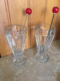 Pair of glass ice cream sundae glasses / desert dishes