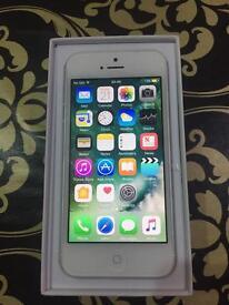 BRAND NEW ORRIGINAL I PHONE 5 16 GB WHITE
