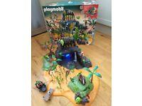 Playmobil Pirates Adventure Island Model 5134 in good condition