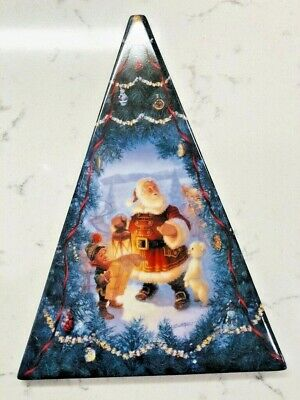 CELEBRATING THE MAGIC OF CHRISTMAS SANTA'S MAGICAL JOURNEY PLATE #A036