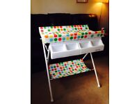Kiddicare lovely colourful padded baby changing unit and baby bath, portable