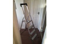 3 Step A Frame Freestanding Metal Ladders