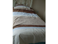 Single bed set Duck Egg blue beige and Browns + 2 matching pillow cases.