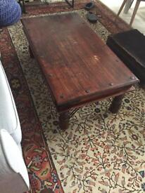 Thackat Coffee Table