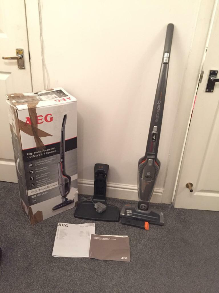 AEG AG3011 ErgoRapido 18v Stick Cordless Bagless Vacuum Cleanerin Blackburn, LancashireGumtree - Please Note This is a customer returns item but the item is in brand new condition and in good working orderThe lightweight and slimline Ergorapido AG3011 2 in 1 Cordless Vacuum Cleaner boasts a grab and go design, it charges in just 4 hours, and...