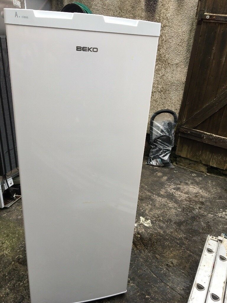 BEKO FRIDGE