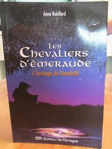 """Livre """"Les chevaliers d'émeraude"""""""