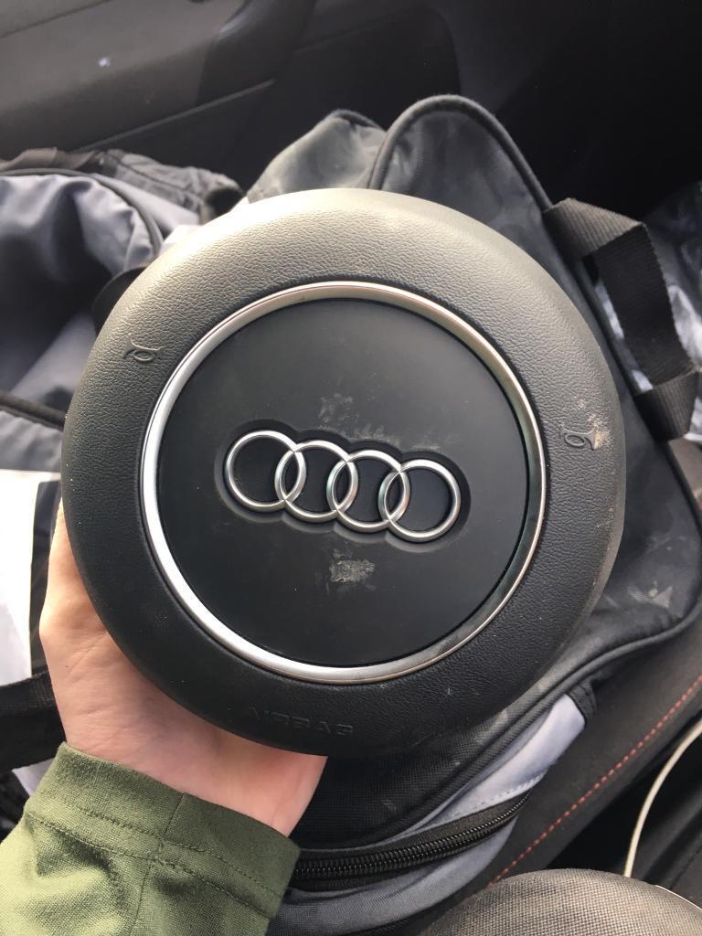 Audi A3 q3 airbag