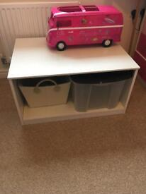 Toy storage / play table