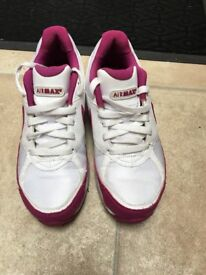 Women's Nike air max trainers size 5.5/6