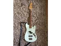 Fender sonic blue mustang bass