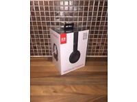 Brand new Beatssolo 3 Wireless headphones