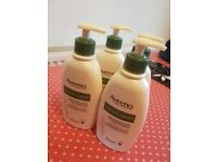 Aveeno Moisturising cream 300ml per bottle