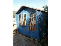 Summer house / shed
