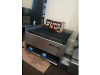 BBQ Grill 2 Gas Burners Excellent Condition.
