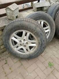 """17"""" alloys and tyres for land rover"""
