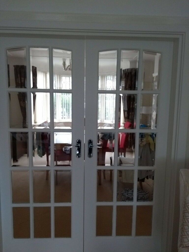 Internal Solid Wood White Clear Bevel Edge Glass Doors