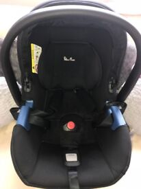 Silver Cross car seat with adapters & removable foot muff