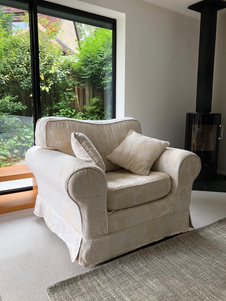 Comfy Single Sofa Chair Armchair Harvey S Furniture In Sheffield