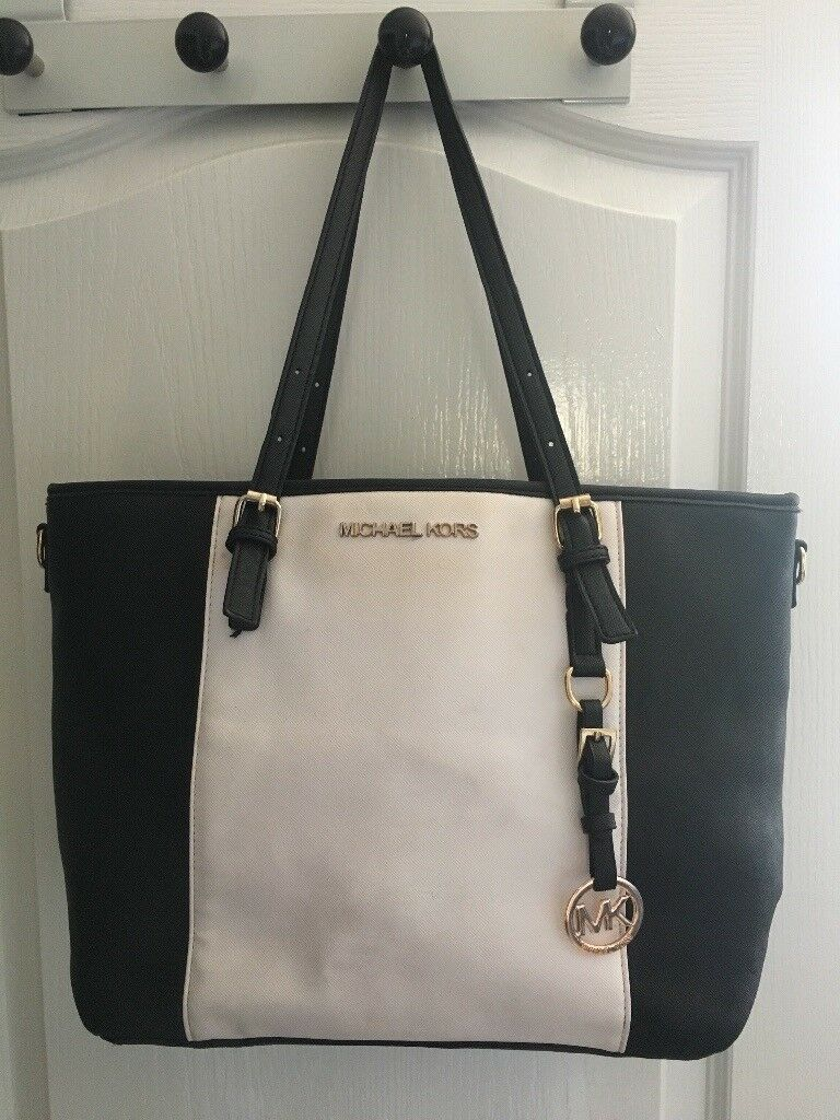 92ff2dccaf410a ... ireland black white bag mk michael kors ffb2a 8915e