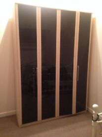 WARDROBE - LARGE/DOUBLE WITH SLIDING DOORS