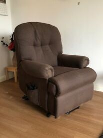 "Superb ""ALSTONS"" Electric, Tilt and Rise, Recliner Armchair."