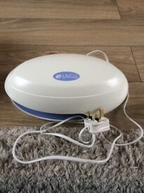 UV nail lamp and n full working order from a smoke & pet free home
