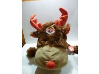 10 BRAND NEW NOVELTY REINDEER HEAD KIDS CHRISTMAS HATS - BARGAIN ONLY £25.00