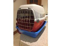 Cat carrier and litter tray