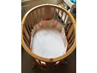 Stokke Crib 0-6 months, Natural Wood, Perfect condition, Crib Size only, Will Extend To Cot size