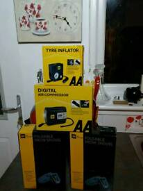 AA digital air compressor tyre inflator and 2x snow shovels