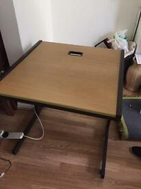 PC desk *****very strong**** excellent cond****