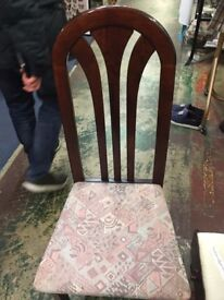 A pair of chairs in great condition.