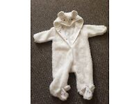 White snowsuit 3-6m